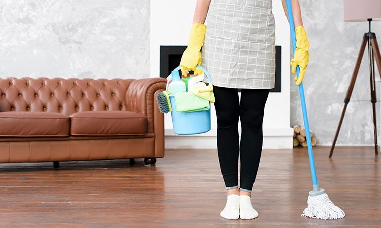 Clean Floor with Bleach Mixtures